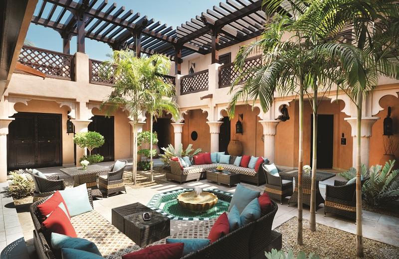 Arabian Summerhouse Innenhof Dar Al Masyaf