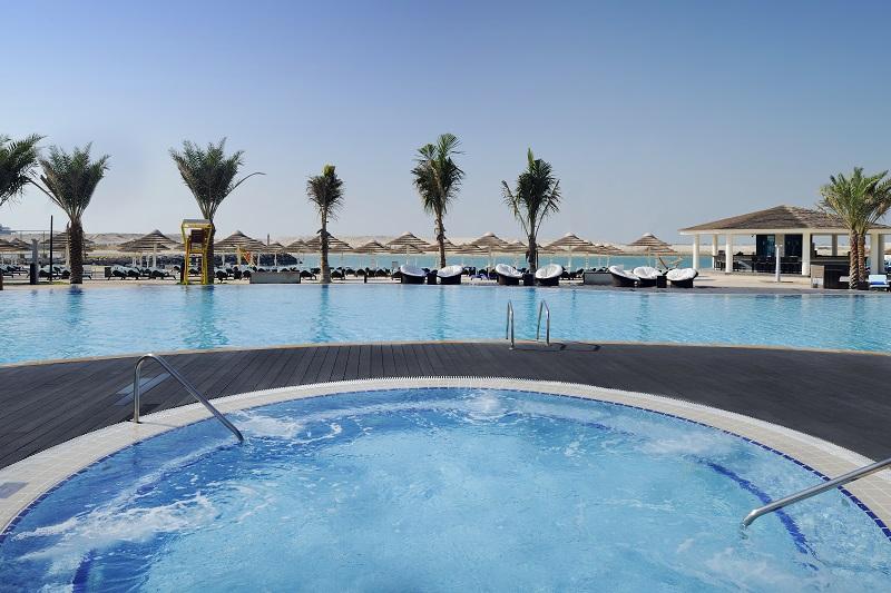 Intercontinental Abu Dhabi Jacuzzi